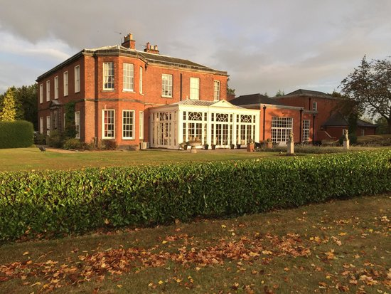 Dovecliff Hall Hotel: View from garden