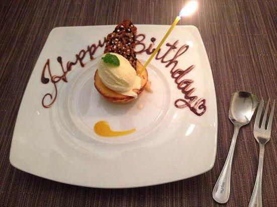 Bakery Restaurant Saint Marc Tama Minamino: お誕生デザート