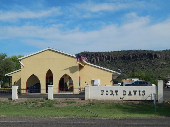 Fort Davis Inn And Rv Park: Hotel Exterior