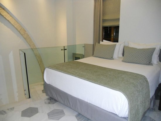 Casa Delfino Hotel & Spa: Stairs leading to bath