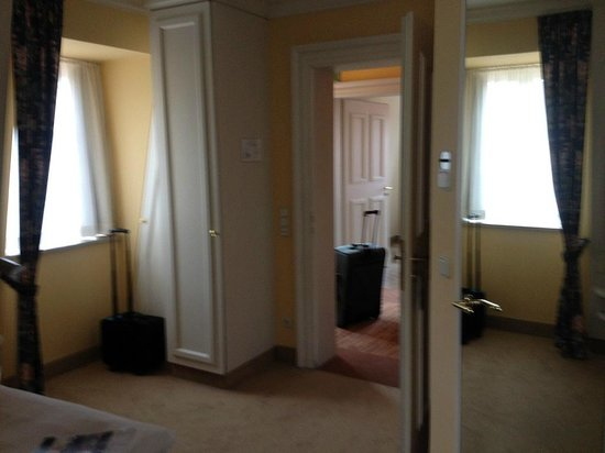 Welcome Hotel Residenzschloss Bamberg: Entry