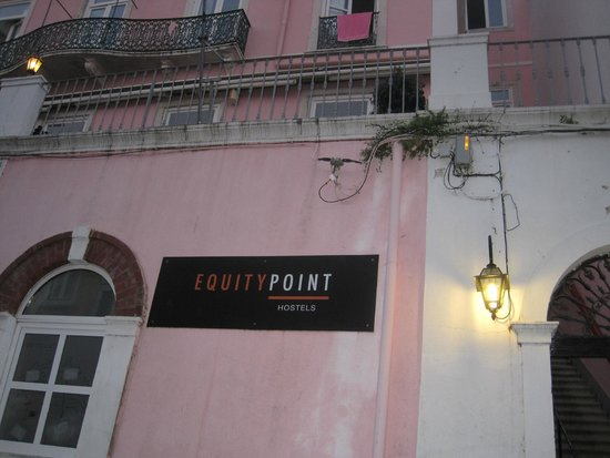 Safestay Lisbon: Front of Hostel