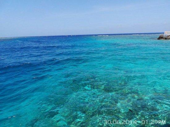 Fantasy Island Beach Resort: Hermoso color turquesa
