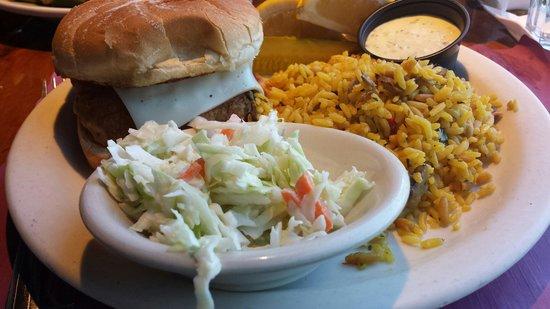 Brax Landing Restaurant: Fish sandwich platter