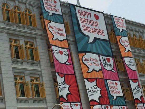City Hall Building : happy birthday singapore