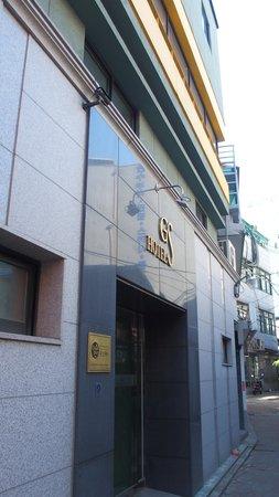 HOTEL GS : Hotel facade