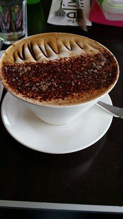Elixir Cafe : Amazing large mocha