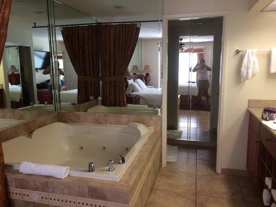 Westgate Flamingo Bay Resort: Banheiro quarto de casal
