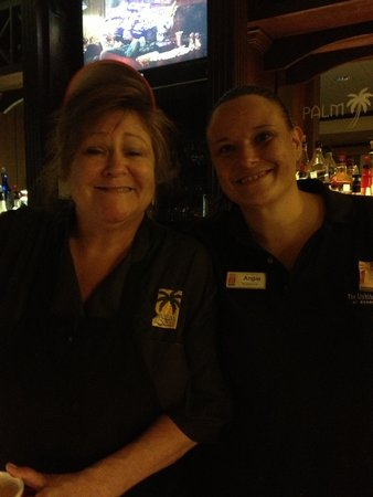Lighthouse Inn at Aransas Bay: Thanks Ladies for being so friendly and accommodating!