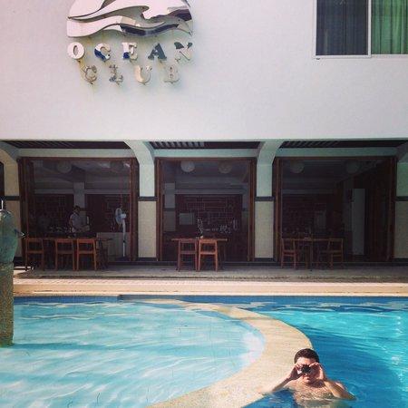 Boracay Ocean Club Beach Resort: Taken from our room
