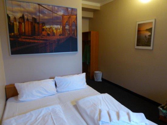 Sleepinger Autohof Hotel