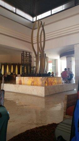 Ocean Maya Royale: lobby