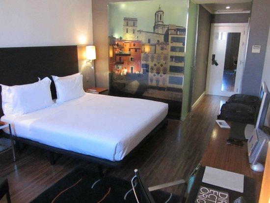 AC Hotel Palau de Bellavista: Our room