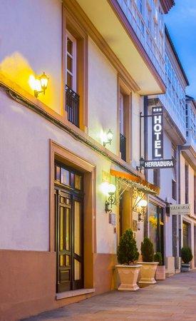 Hotel Herradura: Fachada