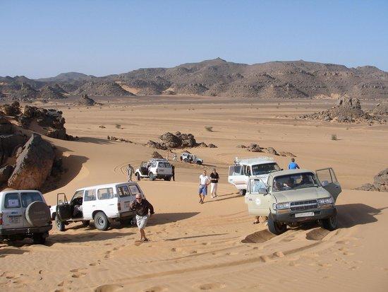 Akakus Desert : Su e giù dalle dune
