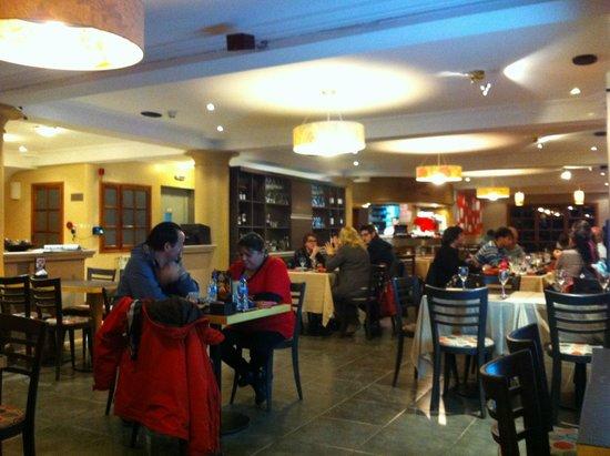 Interior del local fotograf a de marcopolo cafe for Marco polo decoracion