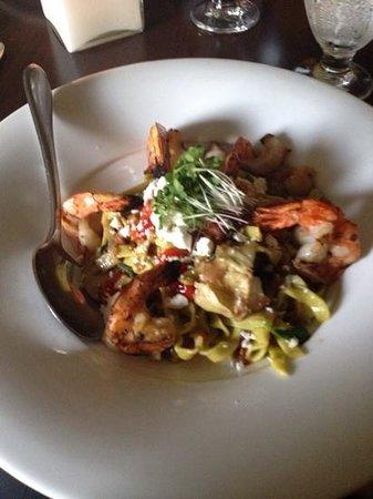 Simplicity Bistro: shrimp pasta, yum!!