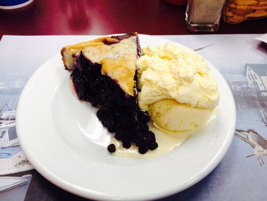 Quietside Cafe and Ice Cream Shop: Wicked GOOD