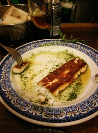 Taberna Ramon: Queso al horno con miel y mojos impresionante!