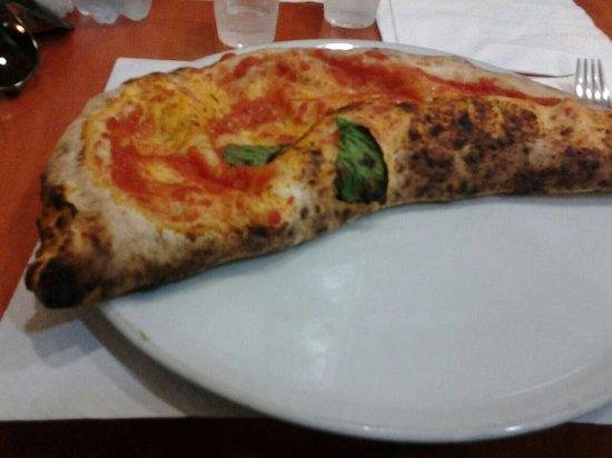 Pizzeria Giuliano : Ripieno al prosciutto...buonissimo