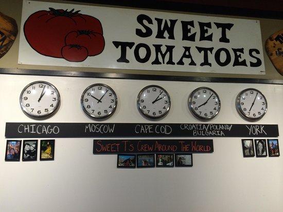 Sweet Tomatoes Neapolitan Pizza: Global time zones