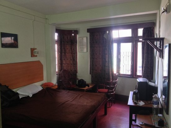 Denzong Inn : View of the room i stayed in (it's facing the main market road)