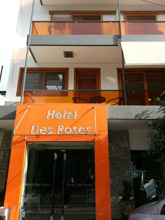 Hotel des Roses: Hotel from the outside