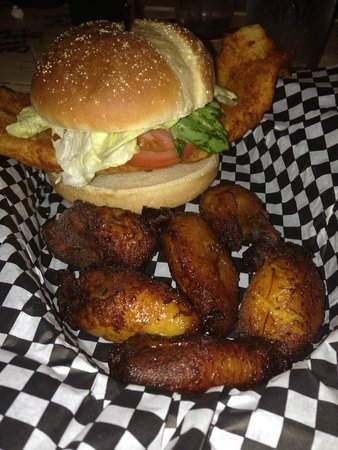 Mango Marley's: Fish Sandwich with Plantains on the side
