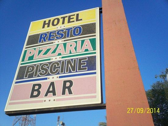 Mahres, ตูนิเซีย: a l'hotel