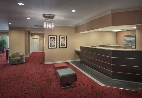 Residence Inn Boston Andover: Lobby area