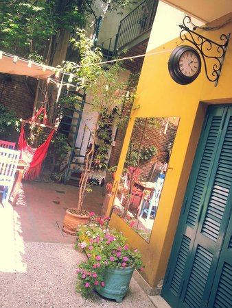 Lina's Tango Guesthouse : From the inside