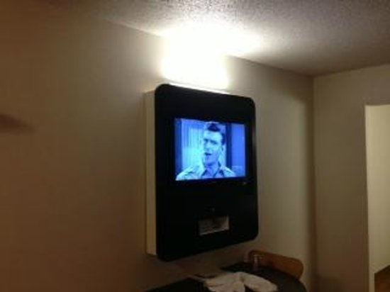 Motel 6 Ellensburg: TV worked great