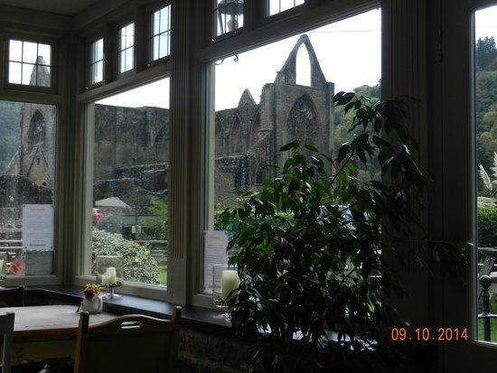 The Anchor Inn: Our lunch time view