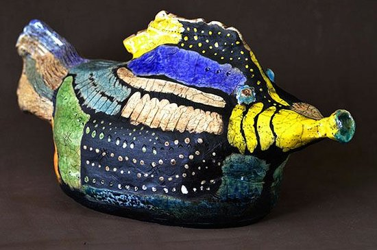 Anand Atelier : peixe em raku tradicional