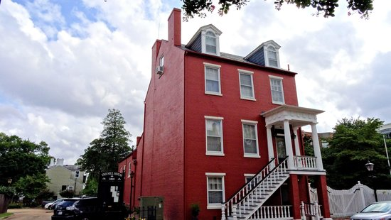 Portsmouth, VA: Hill House