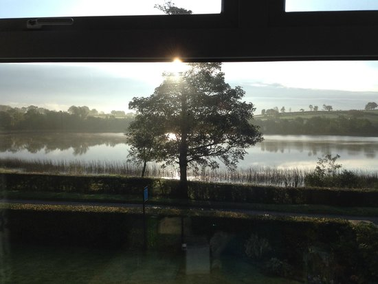 Roughan Lough B&B: local lake