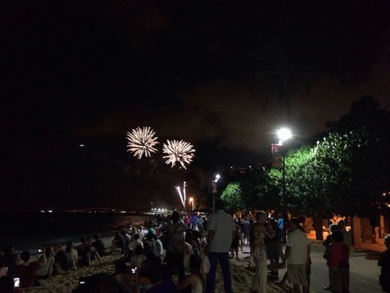Friday Night Fireworks at Hilton Hawaiian Village Waikiki Beach Resort: Fireworks from the beach.