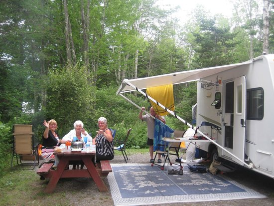 Bayley 39 s camping resort updated 2018 reviews photos maine scarborough campground for Scarborough campsites with swimming pool