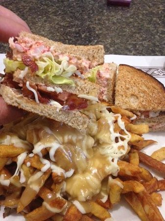 Pattersons Family Restaurant: Lobster Club Sandwich