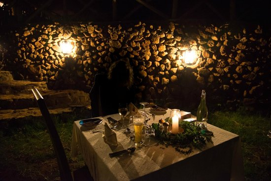 Escarpment Luxury Lodge: Diner romantique