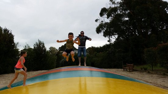 Toora Tourist Park: Jumping pillow enjoyed by kids big and small