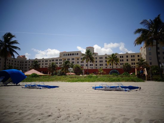 from the beach picture of historic hollywood beach. Black Bedroom Furniture Sets. Home Design Ideas