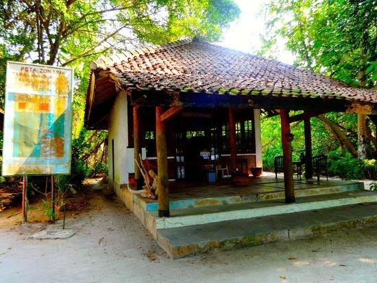 Alam Kotok Island Resort: Front office