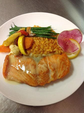 The Grist Mill and One Up Bar: Pan Seared Salmon Buerre Blanc