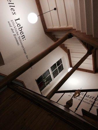 Arte Luise Kunsthotel: Le scale dell'albergo