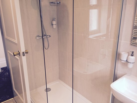 Bryn-Y-Mor Hotel : Superb showers