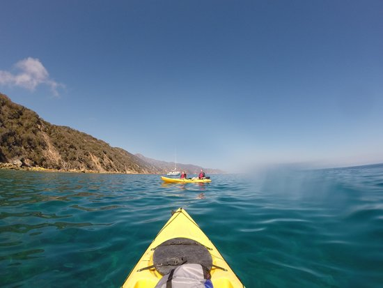 Descanso Beach Ocean Sports: Smooth kayaking