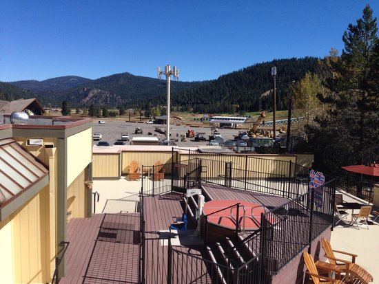 Red Wolf Lodge at Squaw Valley: Outside view from deck of second floor unit.