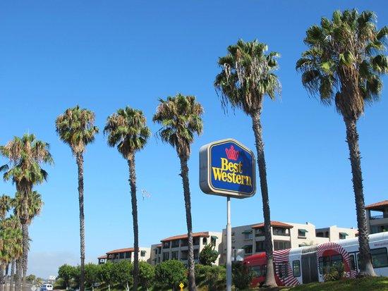 Best Western Mission Bay : Entrada para o hotel.