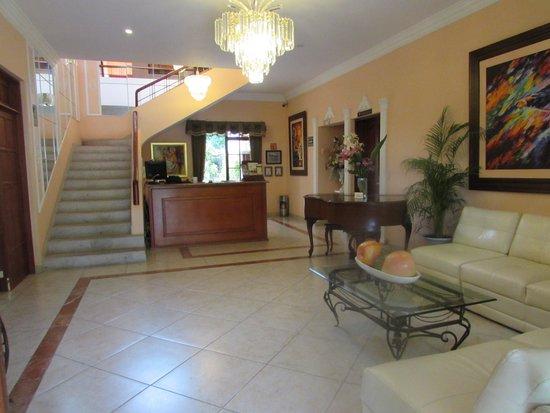 Hotel Villa San Francisco: Lobby